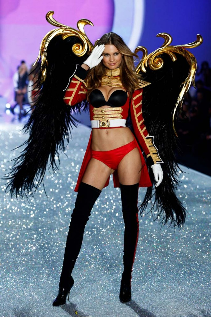 Behati Prinsloo - Victoria's Secret Fashion Show